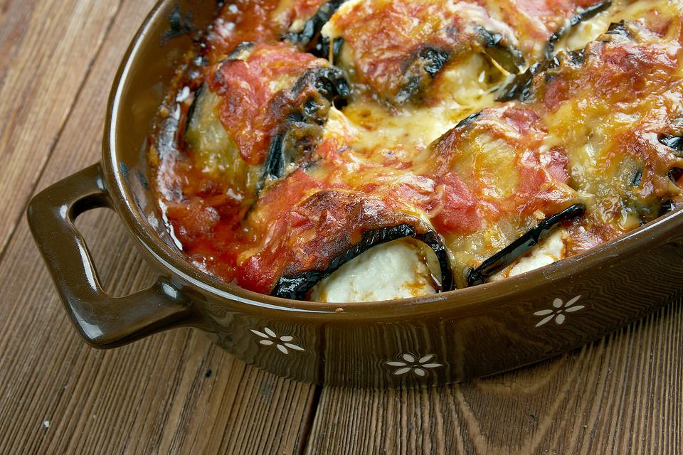 Cheesy Eggplant Rollatini Recipe: Serve This Easy Stuffed Eggplant Recipe on Your Meatless Days