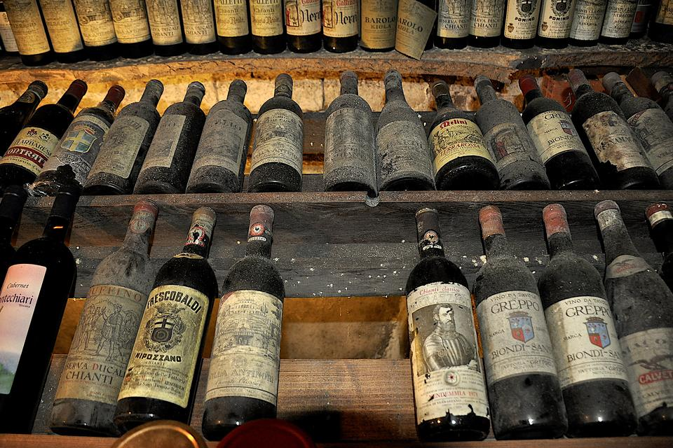 Enoteca Vanni in Lucca, Italy: Explore One of the Best Wine Shops in the World