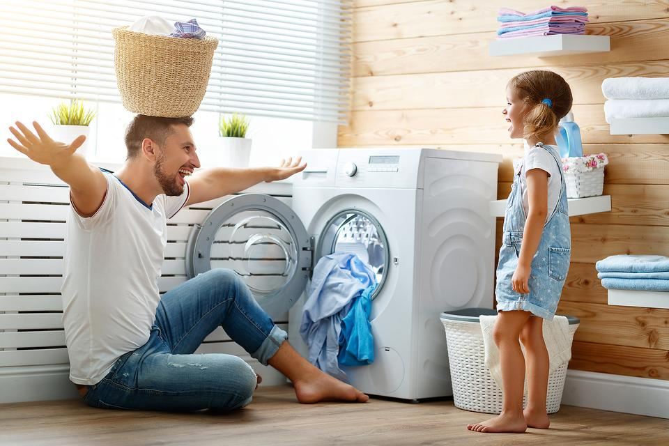 Everyday Math: Real-Life Math Activities for Your Preschooler Using Laundry