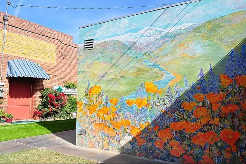 Exeter, California: An Outdoor Art Gallery Showcases the Town's History, Folklore & Culture