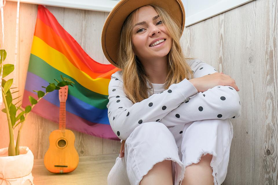 Expert Q&A: How Can I Support My Daughter Who Just Came Out As Gender Fluid & What Does That Mean?