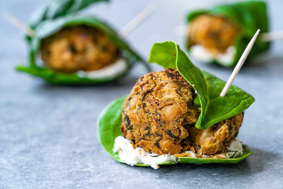 Falafel Balls With Spinach & Cream Cheese Recipe: These Healthy Falafel Ball Snacks Are Serious Eats