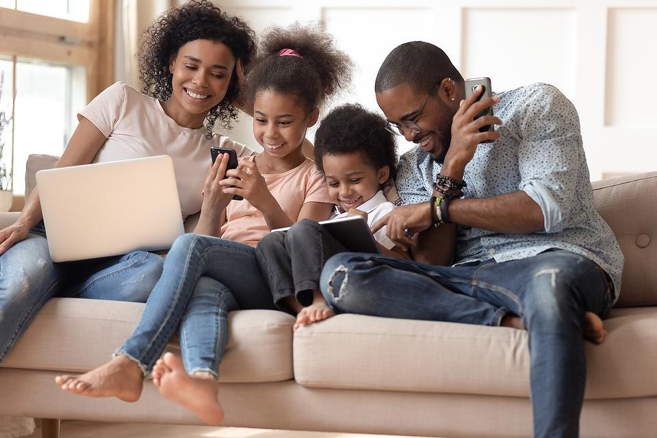 FamiSafe Parental Control App: Wondershare's FamiSafe App Helps Parents Protect Kids Online