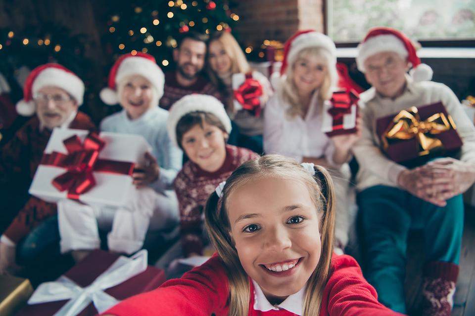 Family Gathering Survival Toolkit: 4 Mindful Tips for Happier Holidays With Your Family