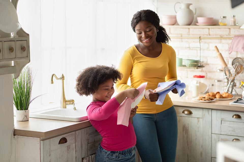 Hand Washing Dishes: 3 Simple Dish-washing Tips to Make This Daily Household Chore Easier