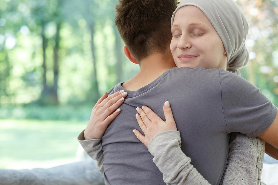 Fighting Cancer: 3 Ways to Battle Loneliness During Cancer Treatment