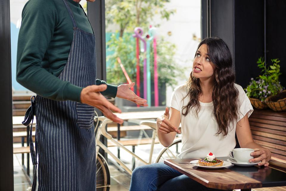 From a Food Server: How to Complain When Your Service Sucks