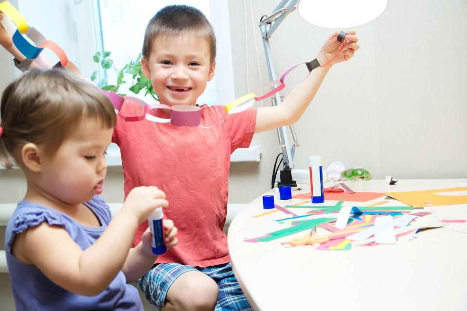 Get Crafty: 5 Why-Didn't-I-Think-of-That Craft Hacks for Kids & Moms