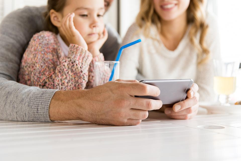 Get Work Emails During Family Time? You've Gotta Read This!