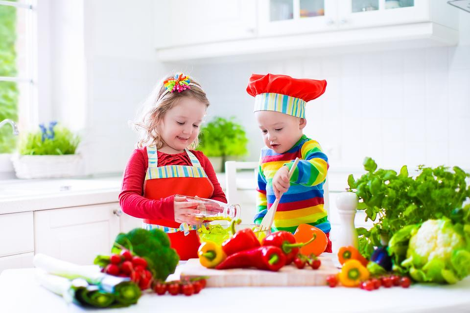 get your kids in the kitchen: check out these safe kitchen tools