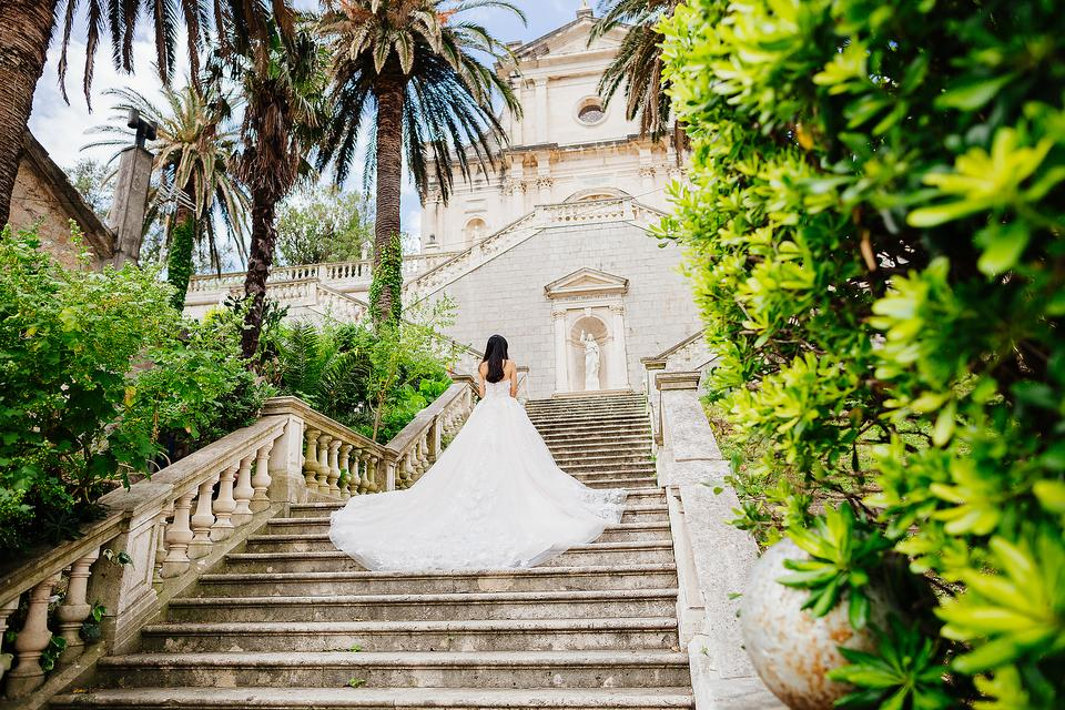 Getting Married in a Church? Here's How a Wedding Coordinator Can Help!