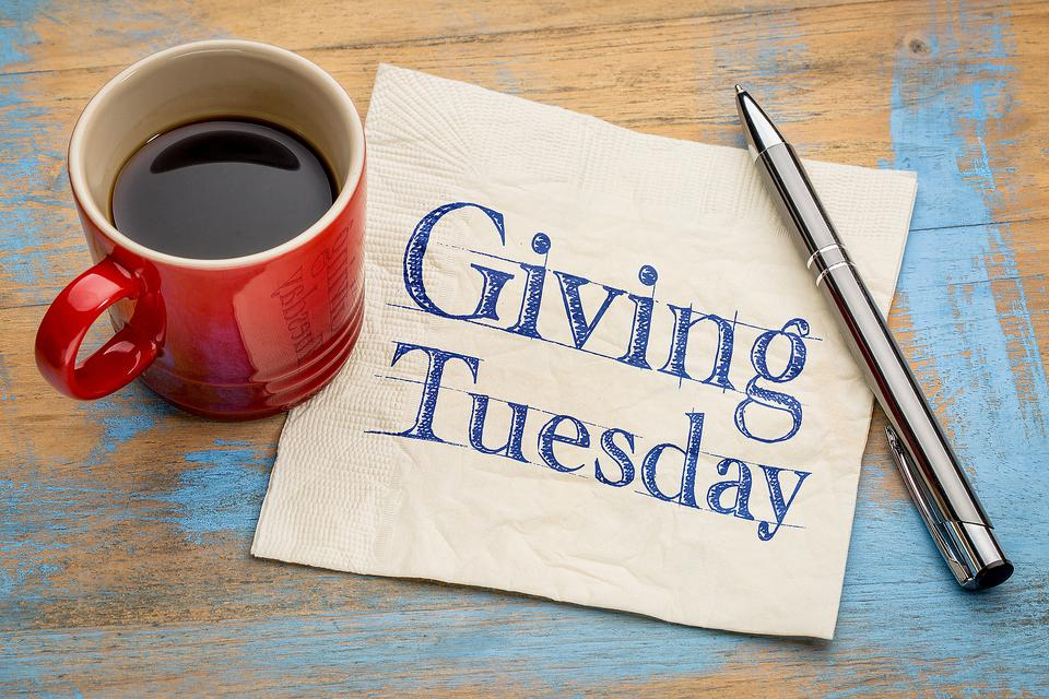#GivingTuesday: How Are You Giving Back & Helping Others?