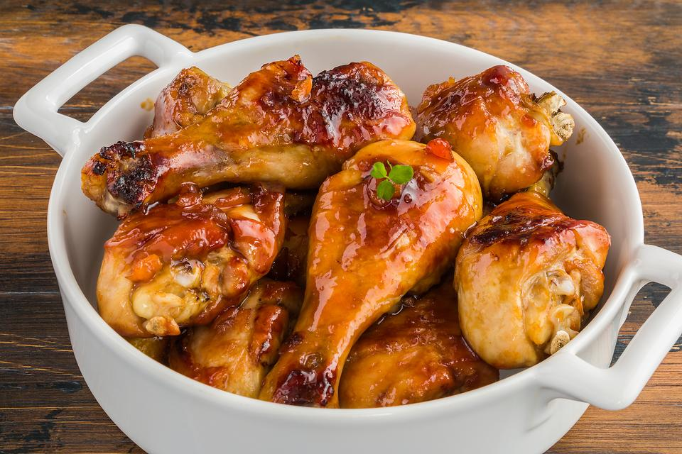 This Apricot-Glazed Catalina Chicken Recipe Has Only 3 Ingredients (Not Counting the Chicken!)