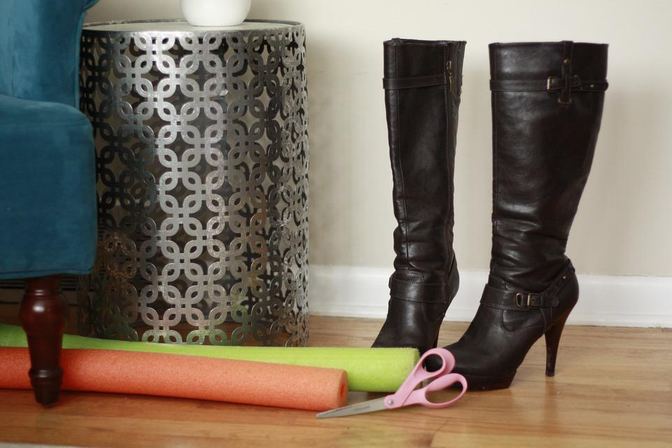 Goodbye Boot Shapers Try This Cheap Hack To Keep Your Boots In Fabulous Shape Diy 30seconds Mom