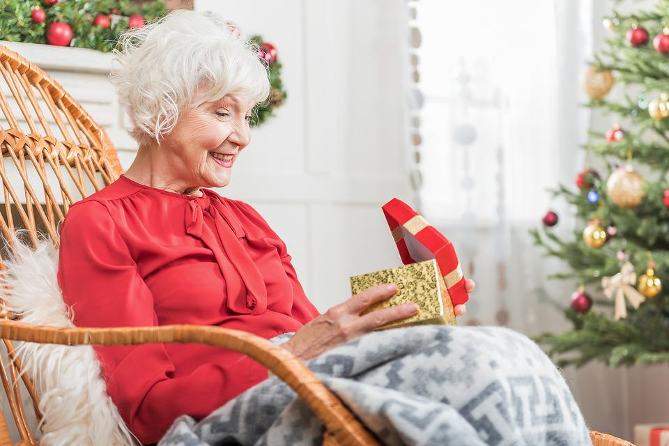 Gifts for Caregivers: 4 Unique Gift Ideas for the Caregivers in Your Life!