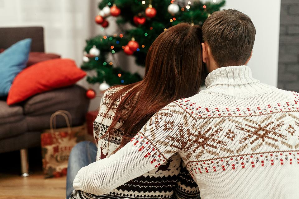 Grief During the Holidays: 5 Ways Families Can Make the Season Easier