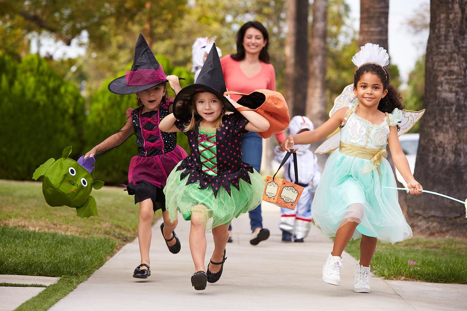 Halloween Shouldn't Scare You! 3 Tips to Trick-or-Treat Safely!