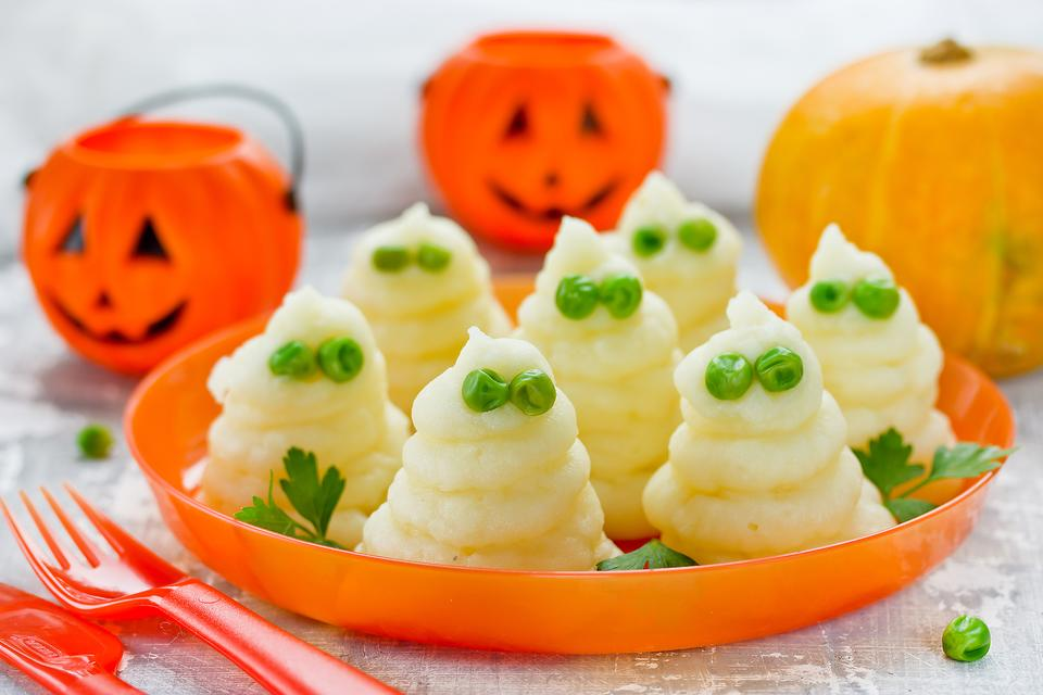 Halloween Side Dish: How to Make Monster Mashed Potato Ghosts!
