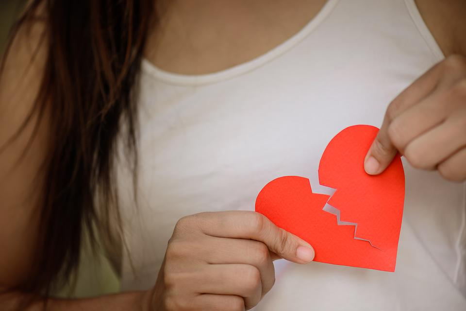 Have a Broken Heart? 3 Ways to Be Happy During Valentine's Day