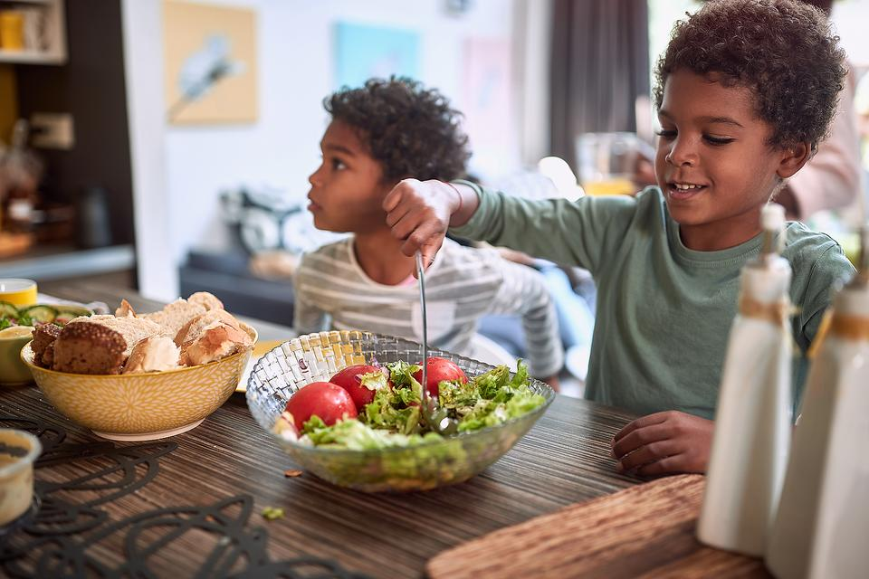 Healthy Back-to-School Lunch Tips for School or Home: 5 Ways to Make Lunchtime Healthier