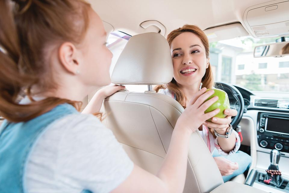 Good-for-You Snack Ideas: Healthy Eating Hacks for On-the-Go Families