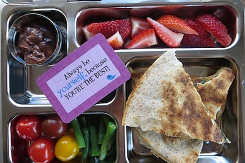 School Lunches: Here's Help for Kids Having a Hard Time Eating Lunch at School!