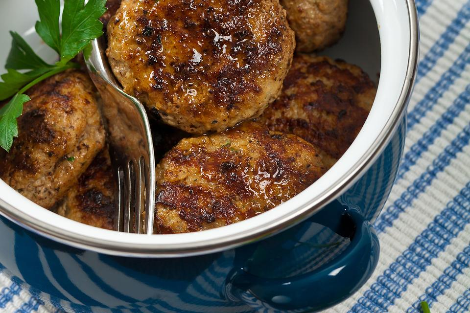 These Homemade Pork Sausage Patties With Fresh Herbs Will Wake Up Breakfast