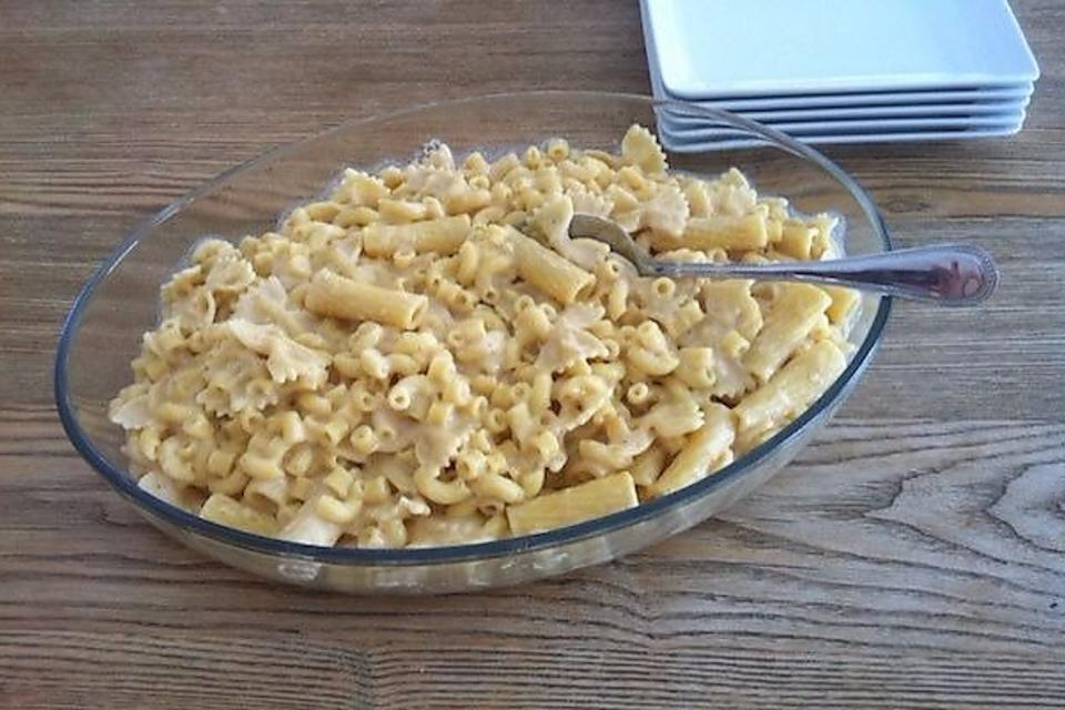 This Homemade Mac & Cheese Recipe Uses All Shapes & Sizes of Pasta!