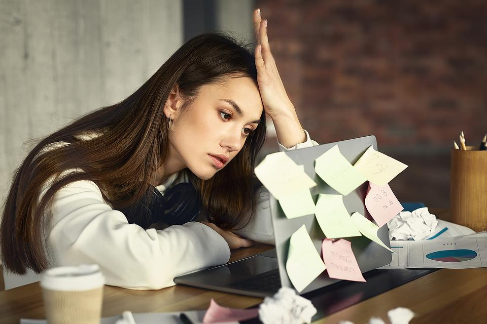 """Overwhelmed By Life Right Now? 2 Tips to Help Combat Burnout at Work & Home During the COVID """"New Normal"""""""
