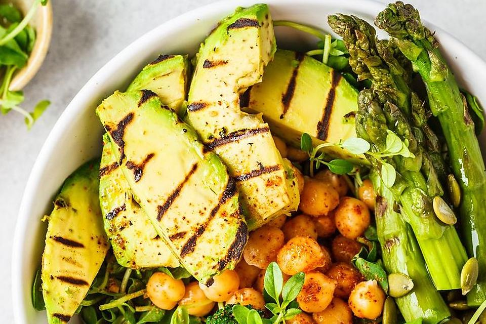 How to Grill Avocados: This Grilled Avocados Recipe Is a Creative Way to Eat an Avocado