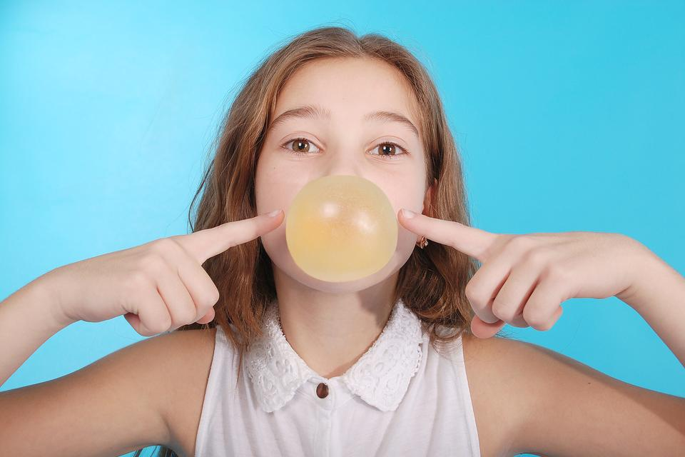 Improve Your Child's Attention With Gum & a Straw (Really!): Here's How!