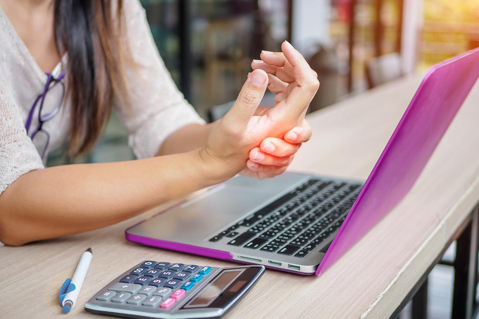 How to Lower Your Risk of Carpal Tunnel Syndrome: ​Don't Blame Your Job or Screens for That Painful Wrist or Hand Numbness