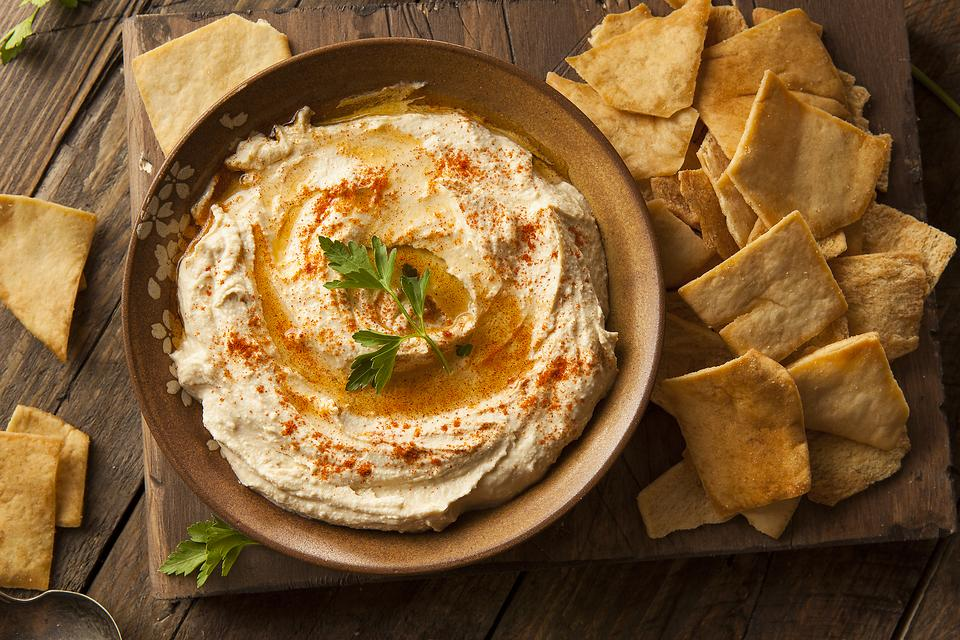 How to Make Classic Chickpea Hummus With Smoked Paprika!