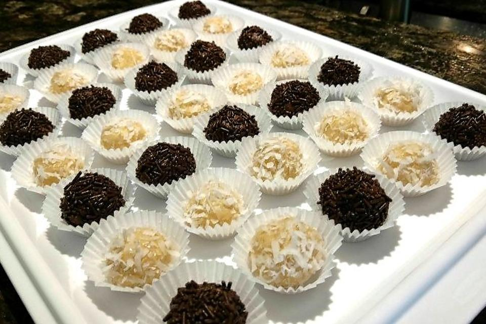 How to Make Coconut Brigadeiro (Only 4 Ingredients)