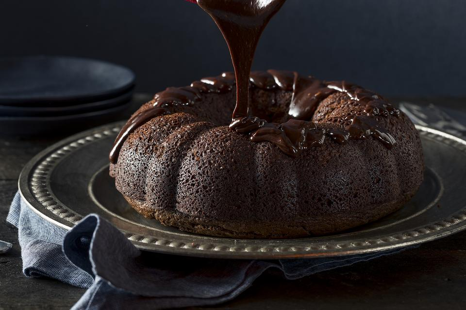 How to Make Devil's Food Cake & a Little History About Its Name!