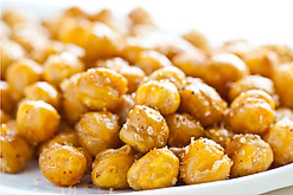 Snack Perfection: How to Make Easy Roasted Garbanzo Beans!