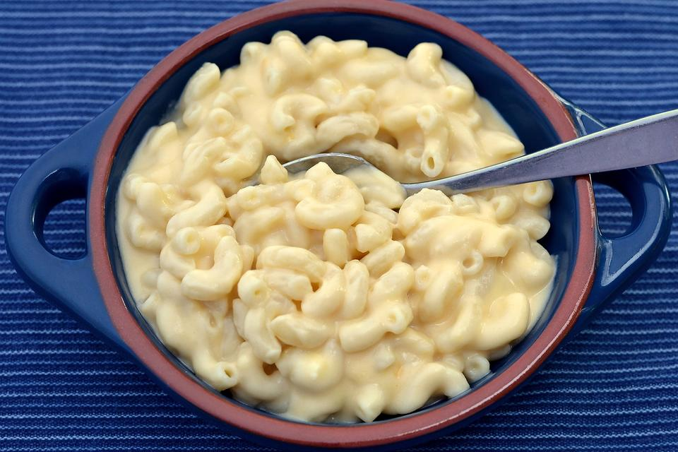 How to Make Healthier Macaroni & Cheese With Hidden Vegetables!