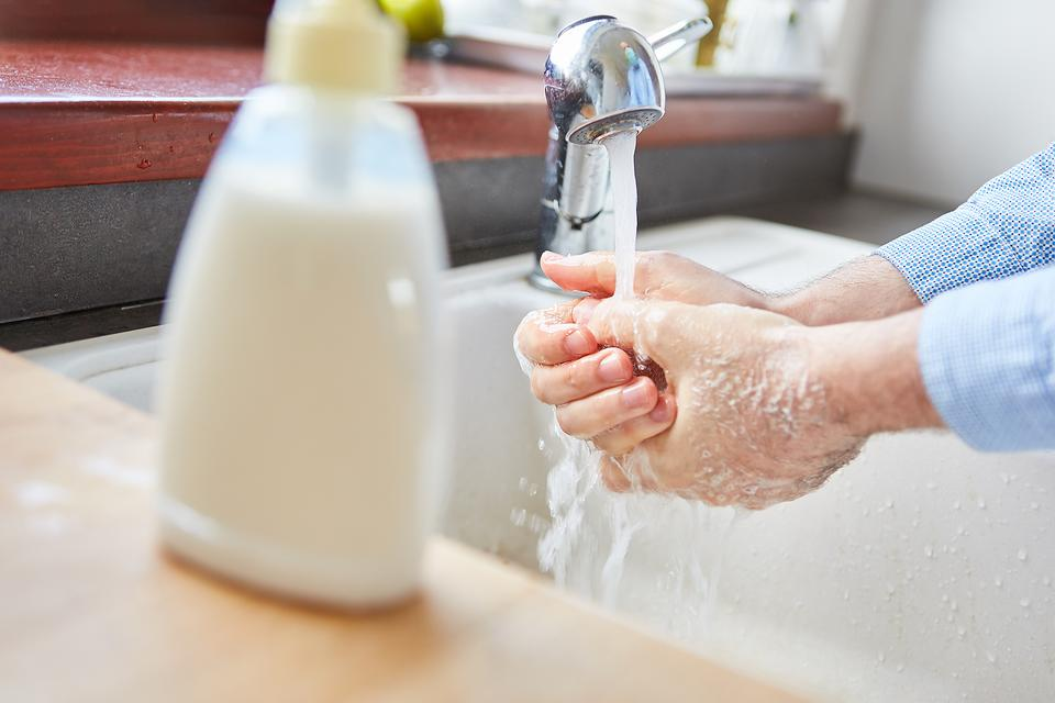 How to Make DIY Liquid Hand Soap: This Homemade Hand Soap Recipe Is Easy & Economical