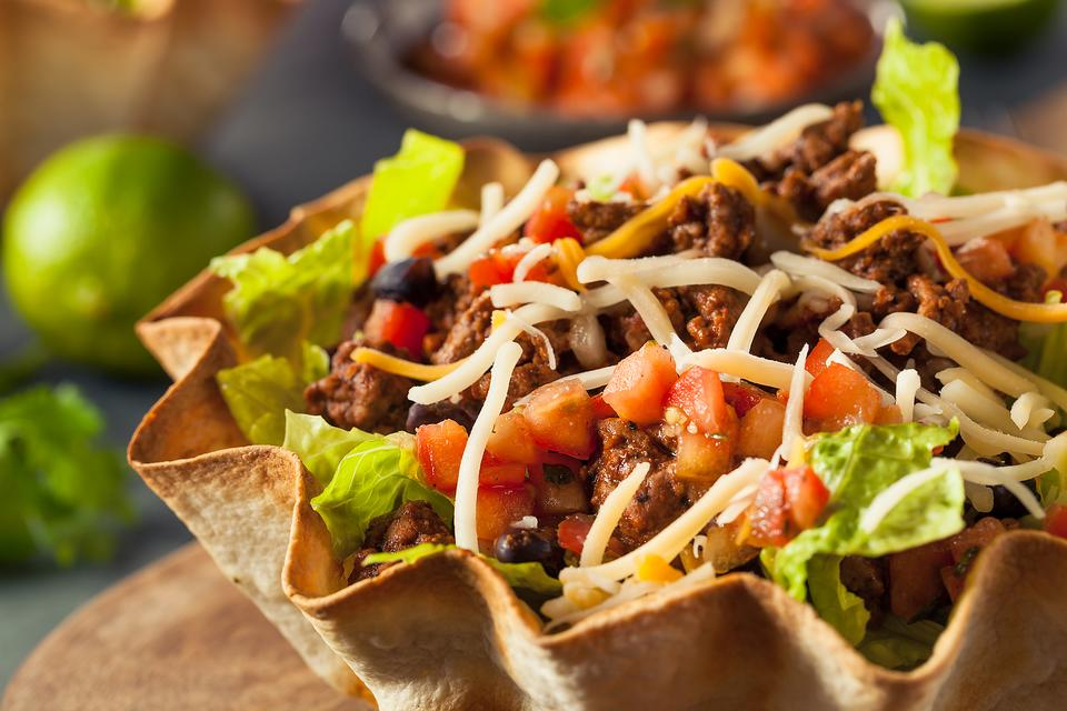How to Make Low-Calorie Tacos to Enjoy With Your Family!