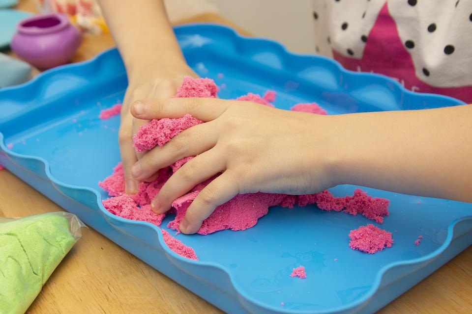 How to Make Moon Sand: 2 Kinetic Sand Craft Recipes for At-Home Sensory Play for Kids
