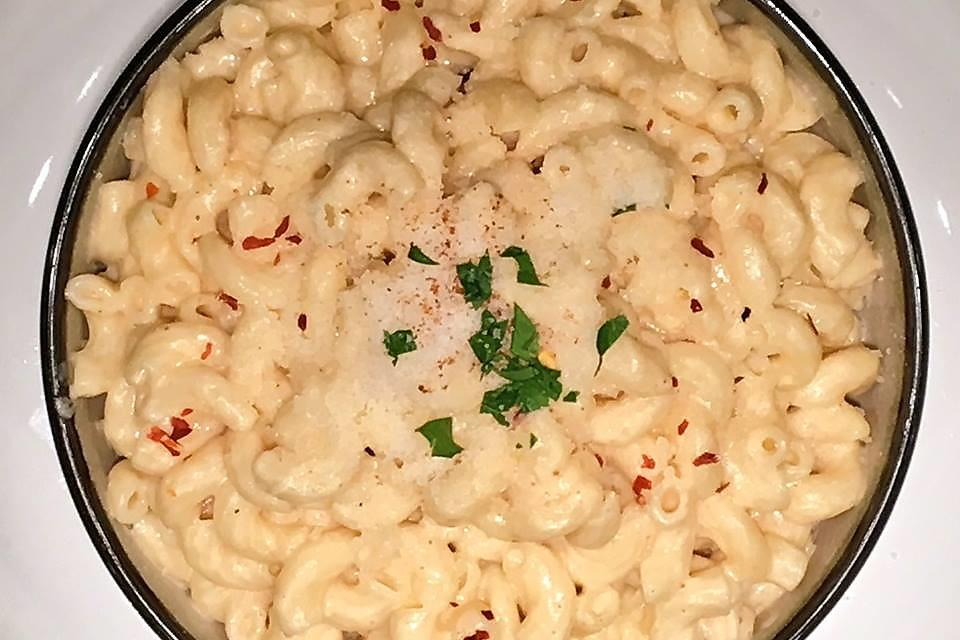 How to Make My Family's Secret Mac & Cheese Recipe in Less Than 30 Minutes!