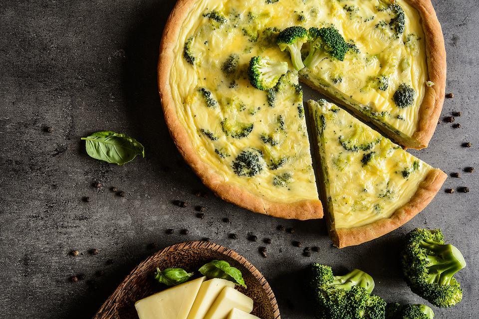 How to Make a Fabulous Quiche (Yep, Real Moms Make Quiche)!