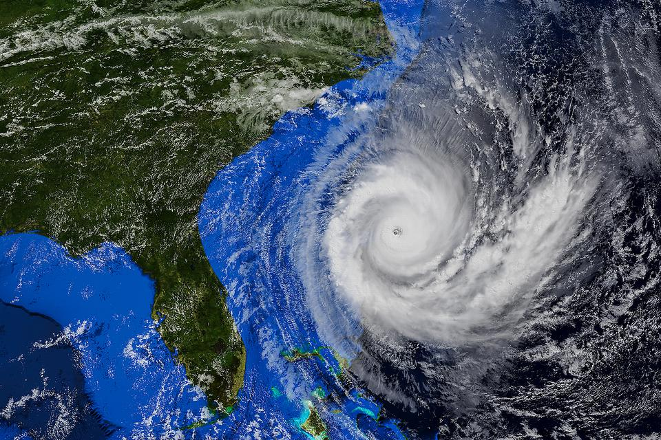 Hurricane Season 2021: 40 Items for Your Hurricane Emergency Kit From the American Red Cross
