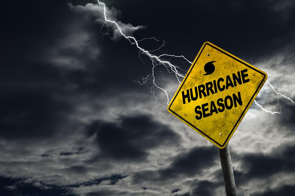 Hurricane Preparedness: Here's Your Hurricane Readiness Supply List!