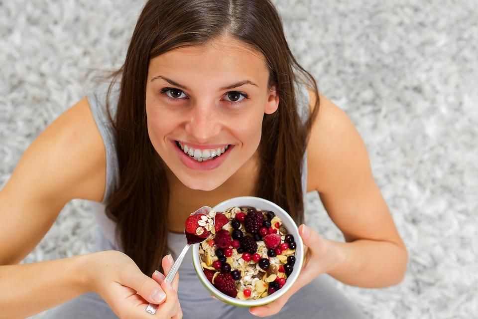 Iron Deficiency & Pregnancy: Why Moms-to-be Need Iron in Their Diets!