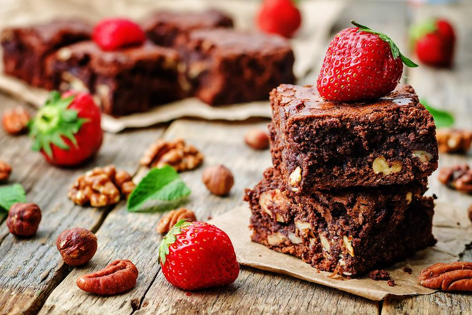 It's National Brownie Day: How to Make Bake One-Bowl Brownies (Less Time & Less Mess)!