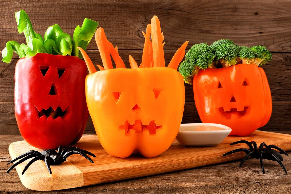 Halloween Party Ideas: How to Make Jack 'o Lantern Bell Pepper Serving Bowls!