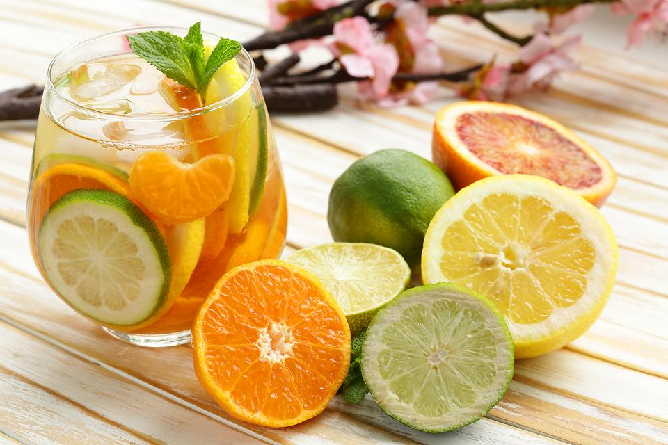 Keep Your Family Hydrated With Citrus-Infused Water!