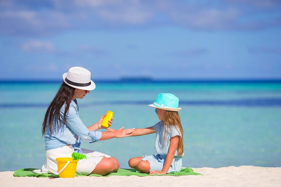 Keep Your Family Safer in the Sun With Sunscreen Bands!