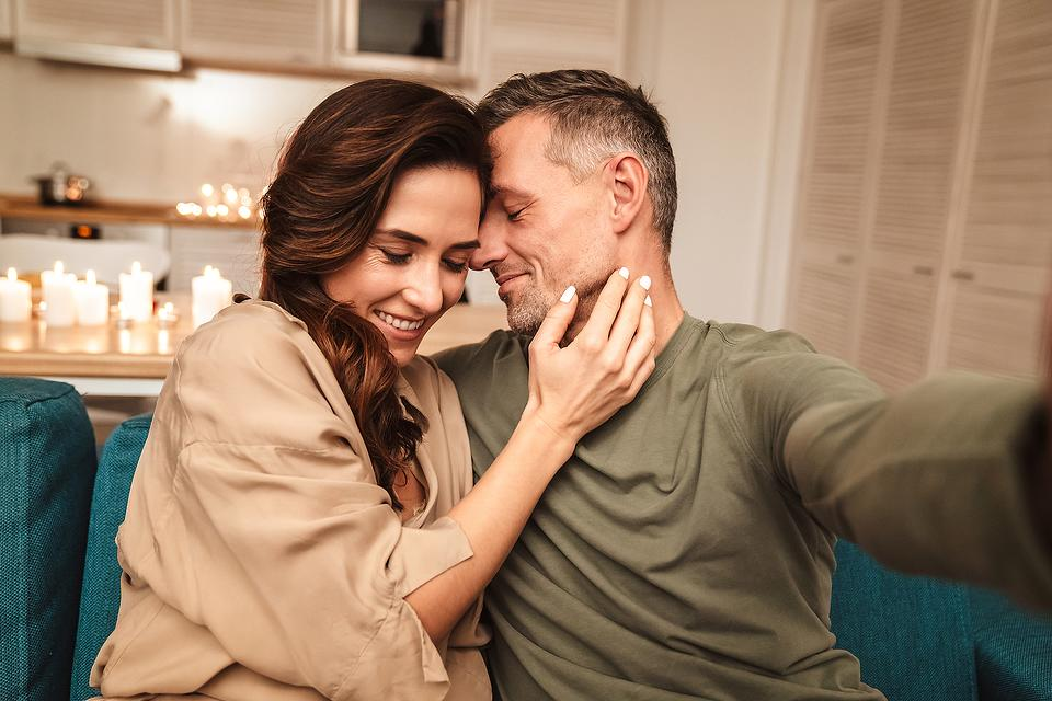 How to Keep the Spark Alive in Relationships: 5 Little Ways to Show Your Partner Love & Appreciation